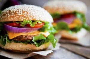 Menú especial  burger en A La Barra