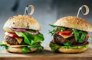 http://oferplan-imagenes.laverdad.es/sized/images/doblehamburguesa-300x196.jpg